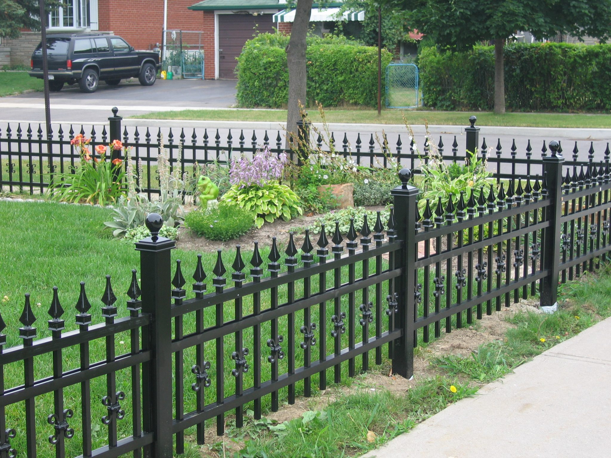 Fencing at front of home