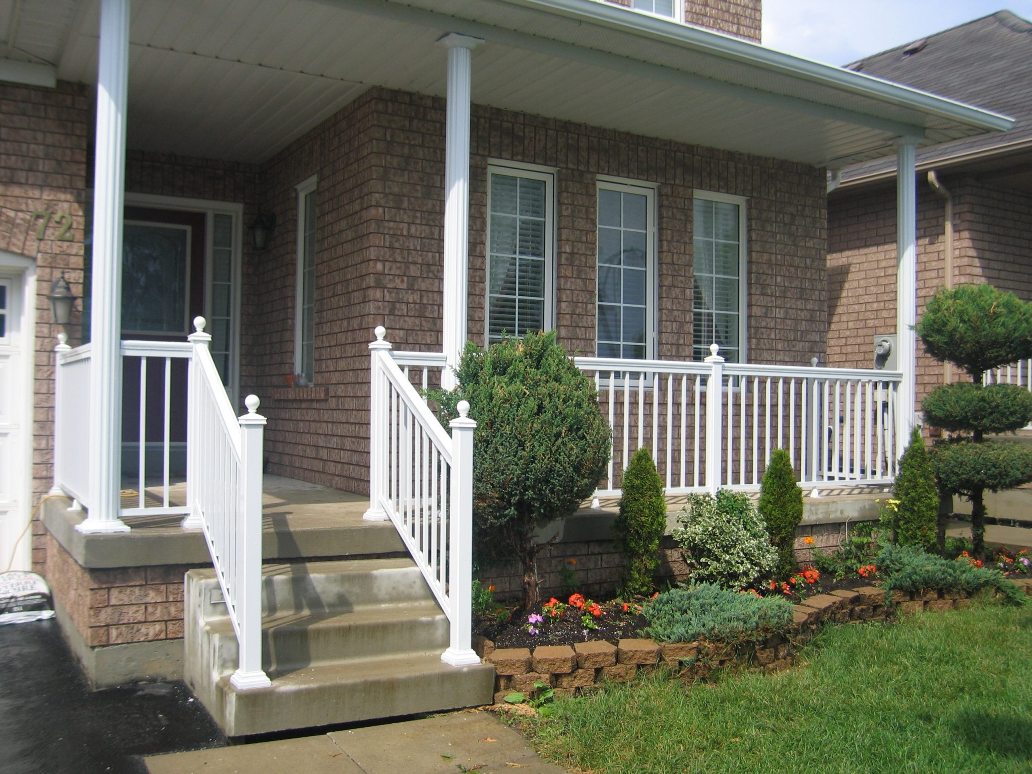 Aluminum railing with posts railings toronto
