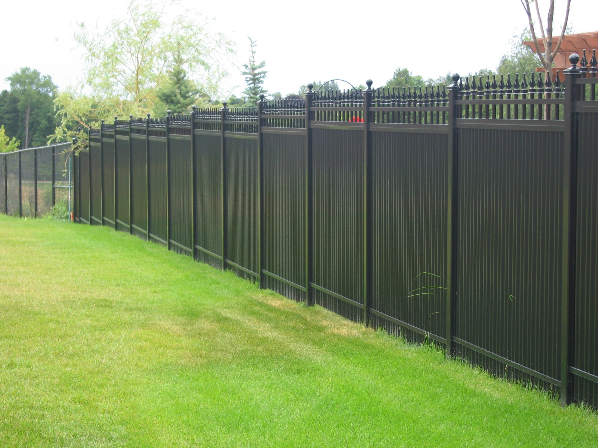 Durable privacy picket fence