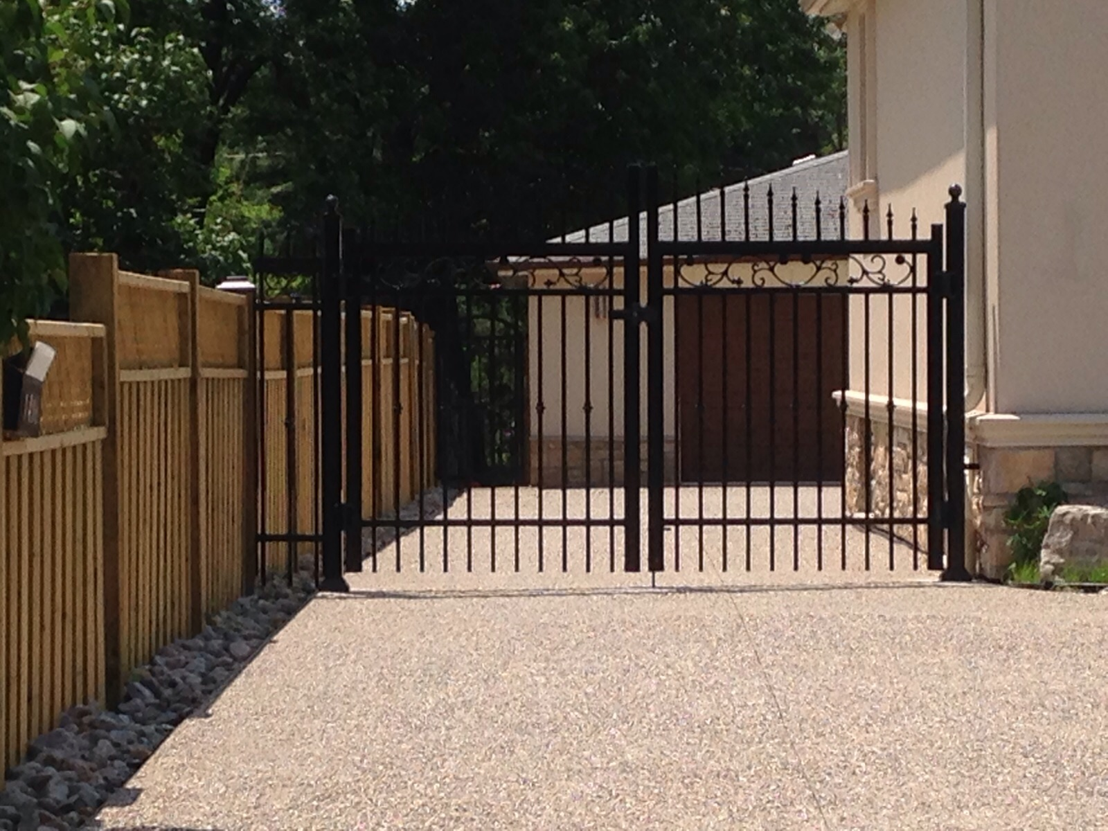 Pickety driveway gate