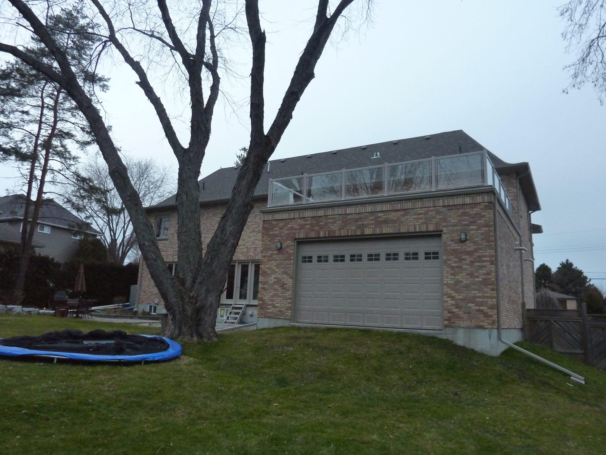 Glass railing rooftop