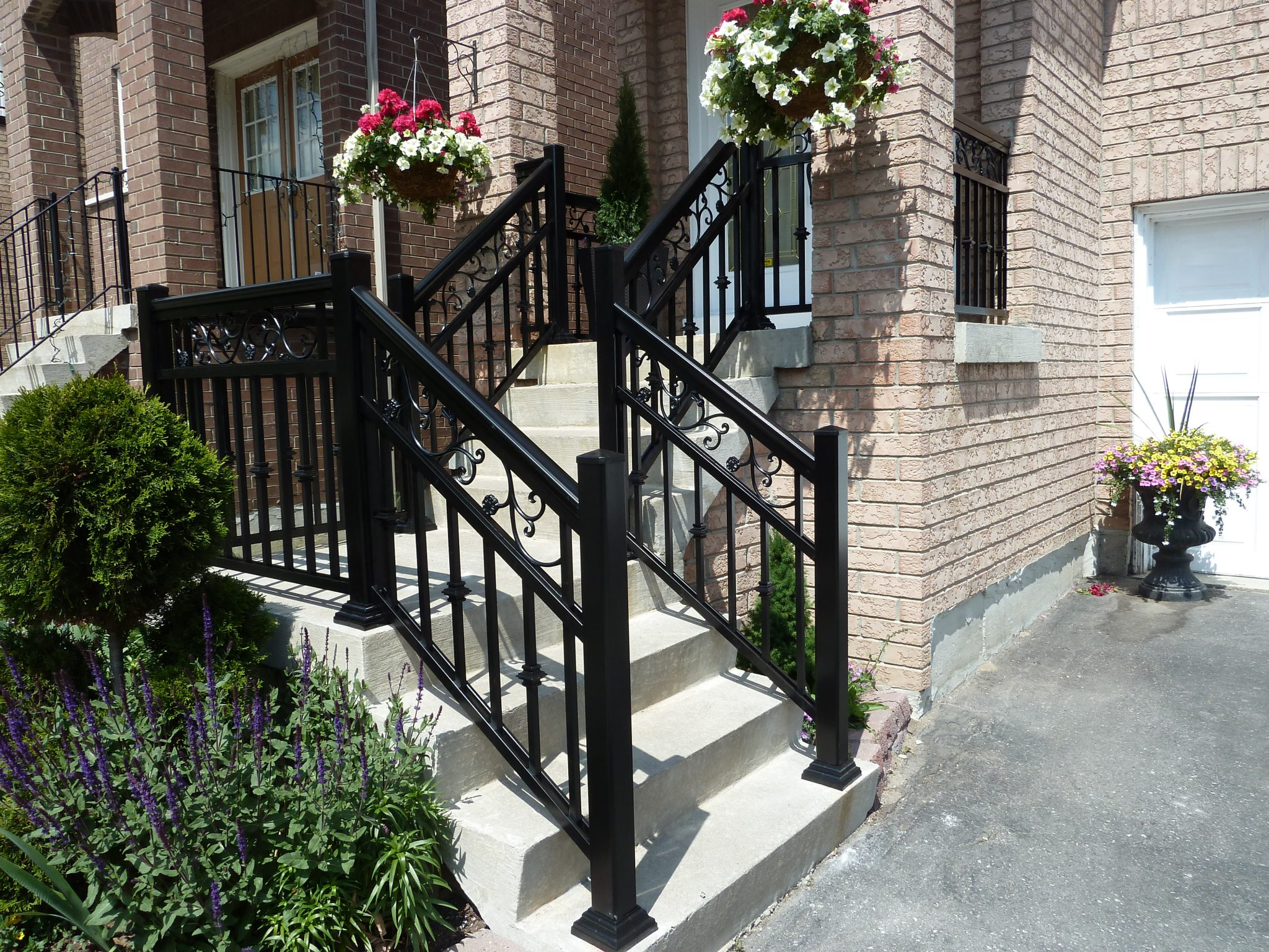 front railing to house