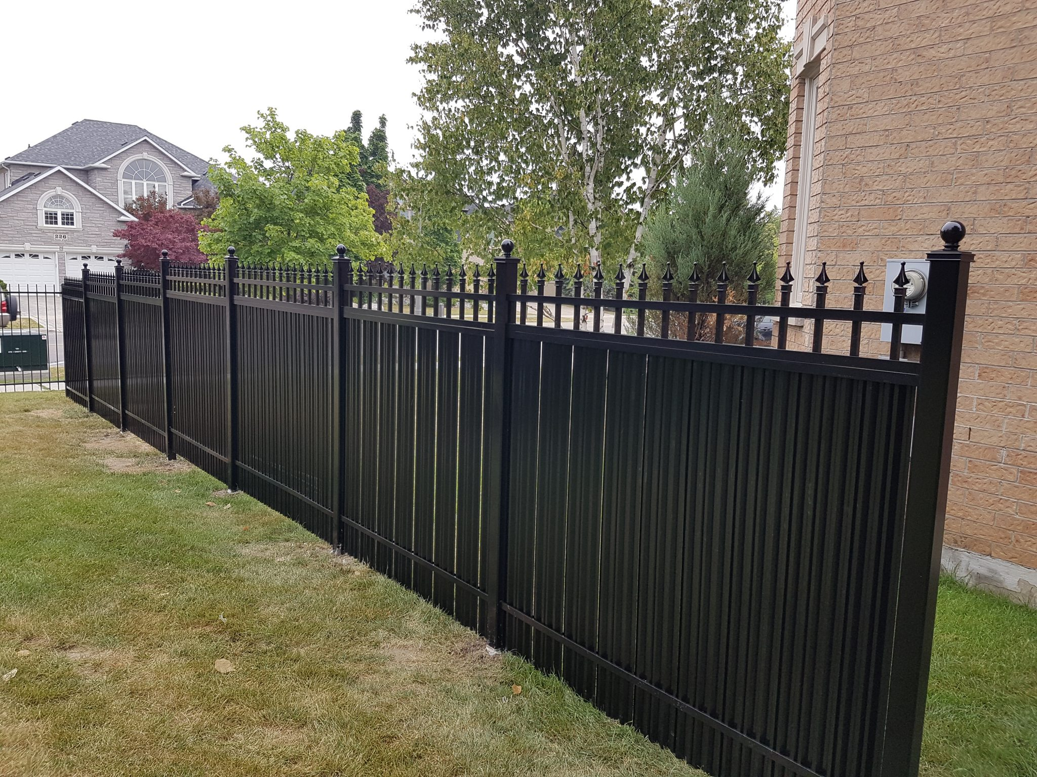 Subdivisions need privacy fences
