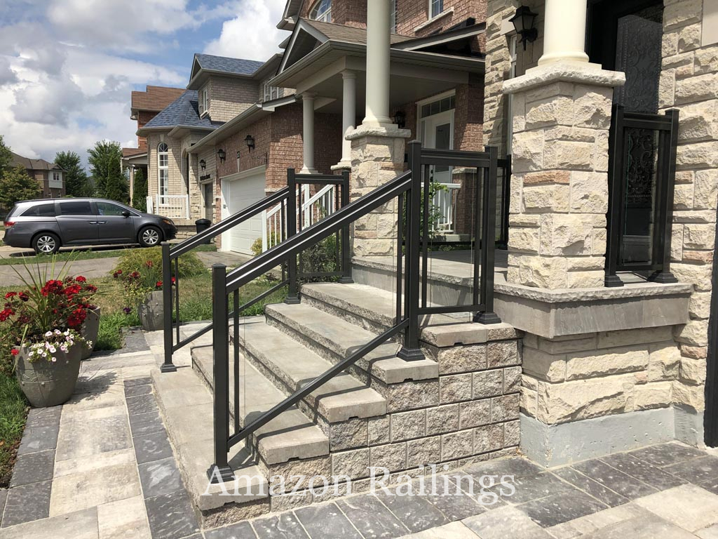 High-Tempered Glass Railings in Toronto For a Unified Look