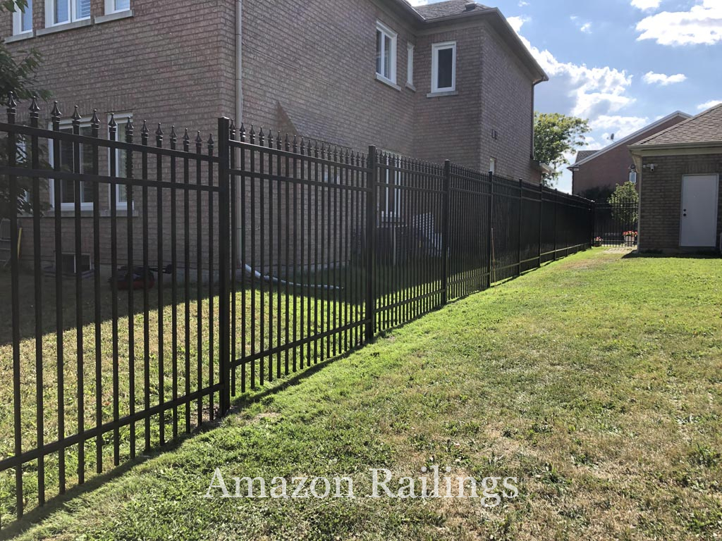 Cost Effective Aluminum Picket Fence Solutions