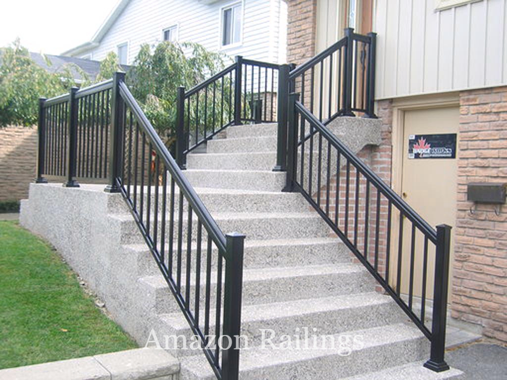 Aluminum Picket Railings For Your Outdoor Application