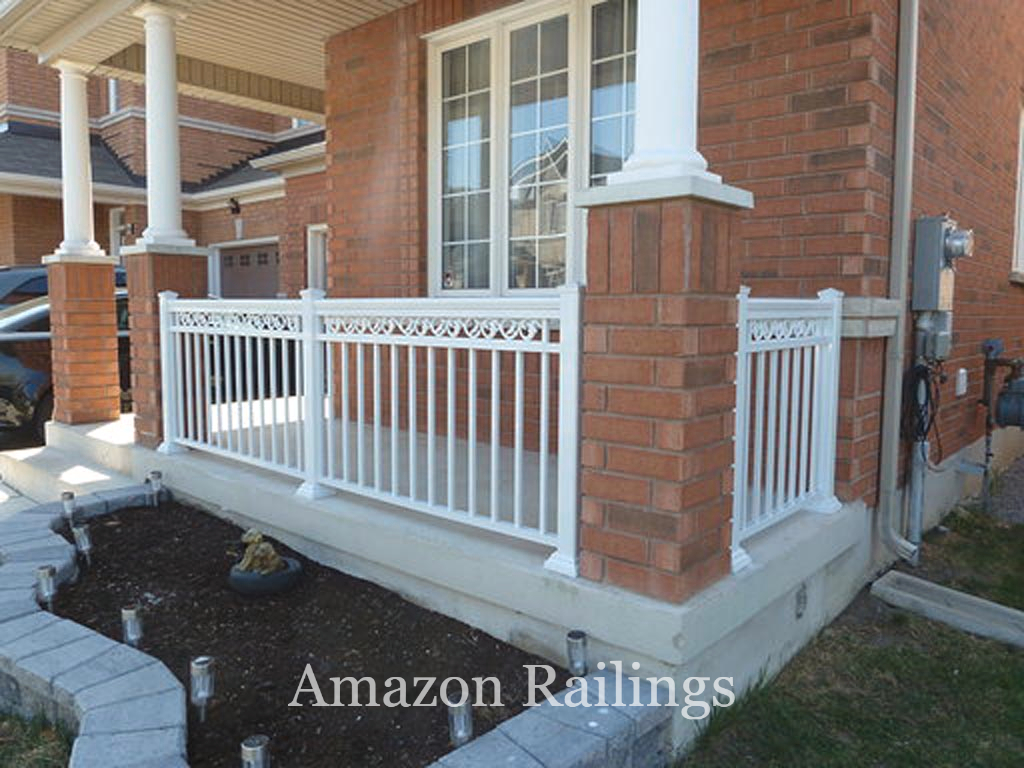 Enjoy Elegance & Style With Our Porch Picket Railings